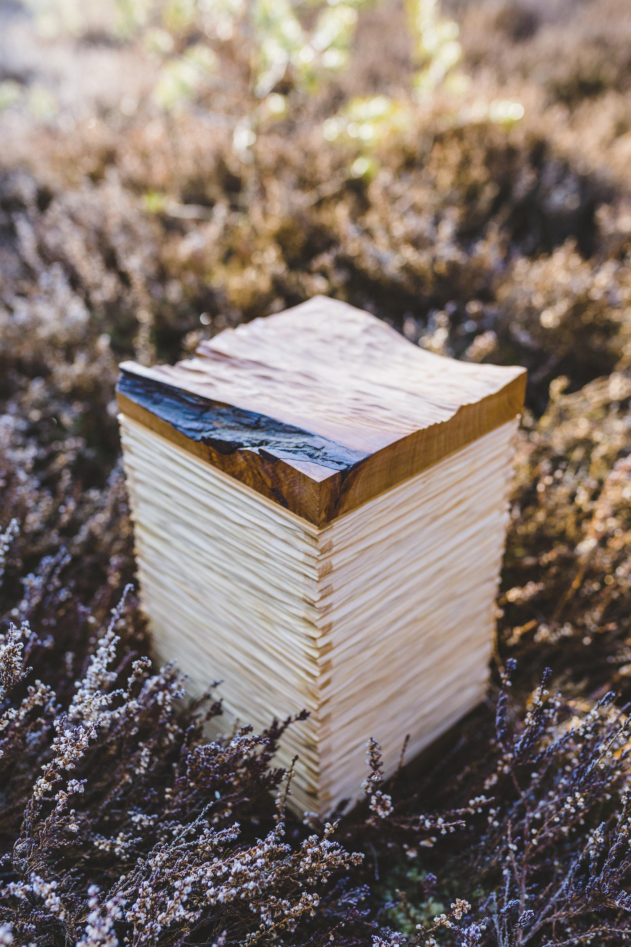 urne-aus-holz