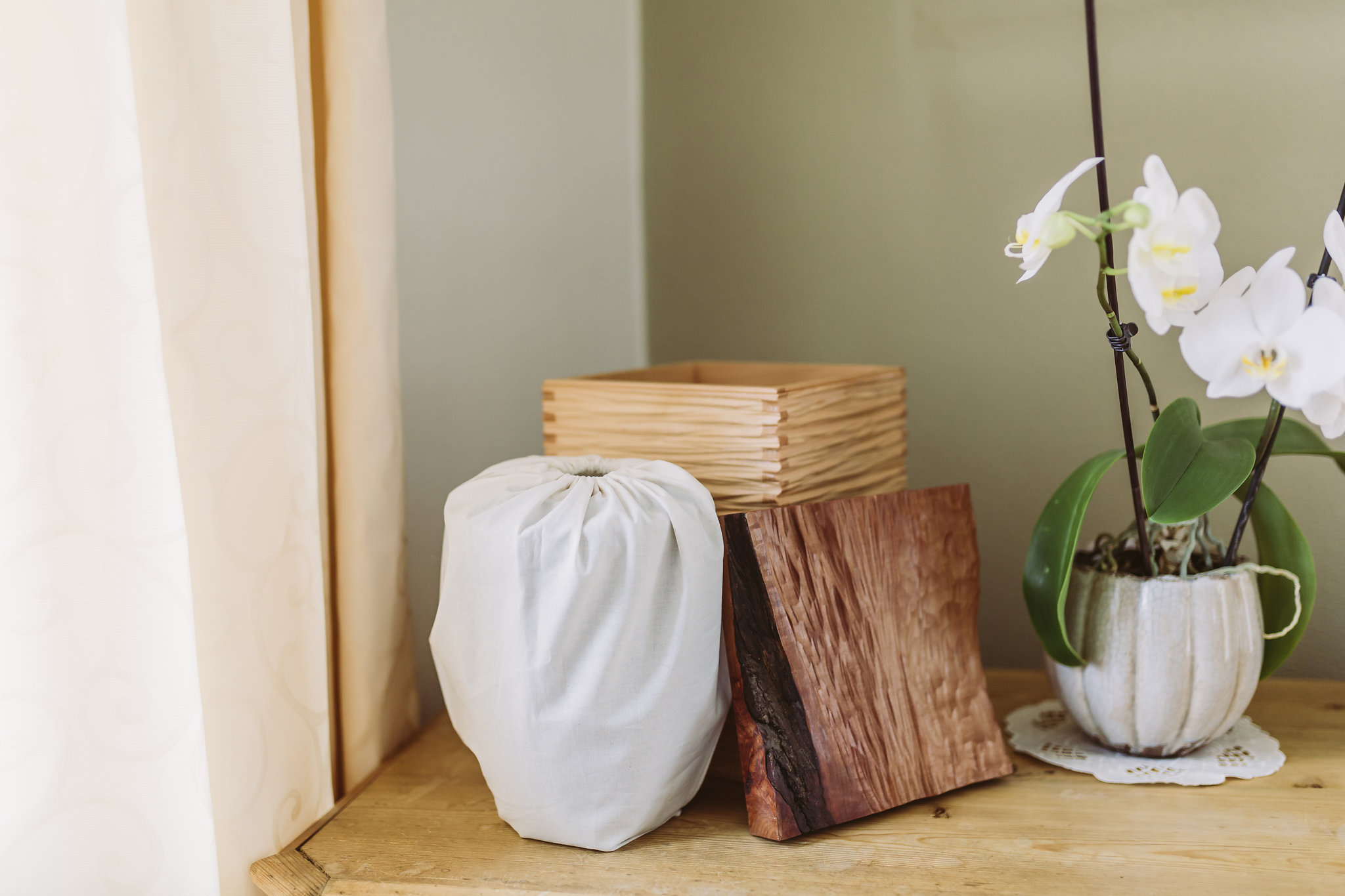 Urne im Wohnraum